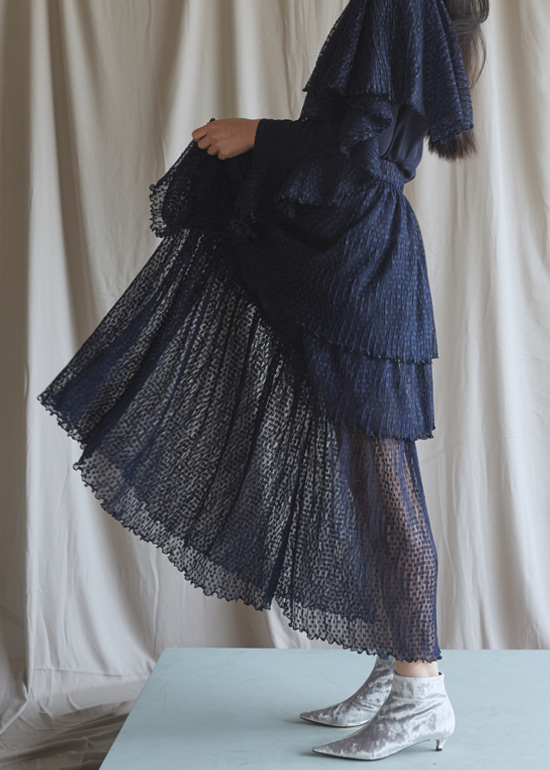 navy layerd skirt